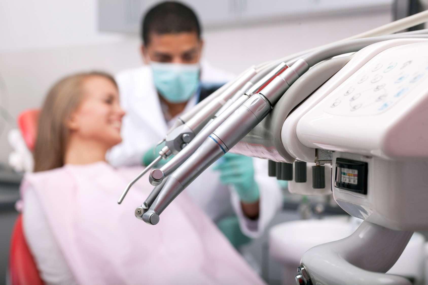 Les adresses des chirurgiens dentistes à Chaumont sont accessibles sur ton-dentiste.fr